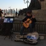 【写真】路上では難しいクラッシックギター