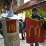 【写真】マクドナルドのポテトとジュース。