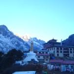【写真】トレッキングの途中でよく見かけるストゥーパと呼ばれる仏塔。