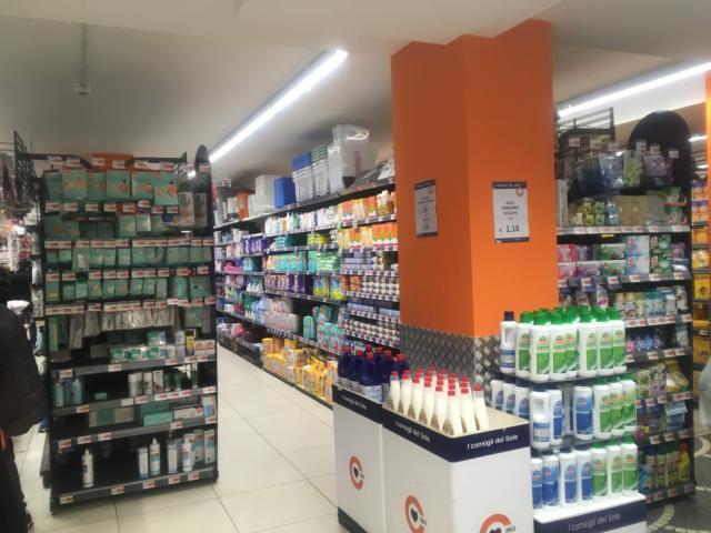 【写真】イタリアは全土閉鎖ですがスーパーの商品は豊富です