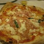 【写真】ナポリのピザは格別!