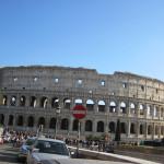 【写真】観光地のローマは冬でも観光客が絶えない。