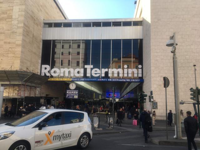 【写真】数多くのバス、地下鉄、トラムが発着するローマの主要駅テルミニ