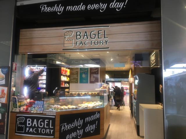 BAGEL factory ローマ・テルミニ駅
