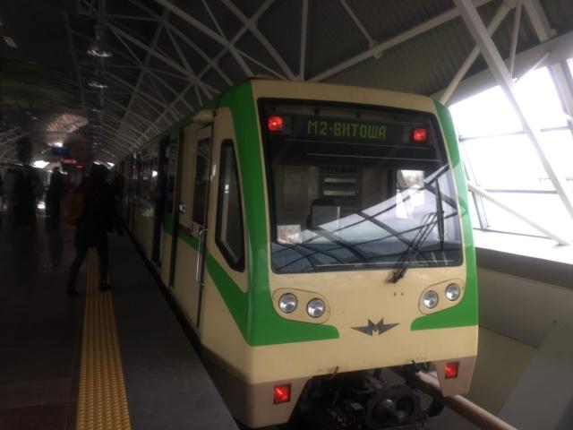 【写真】利用は簡単ブルガリアの地下鉄