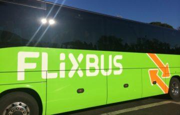 【写真】近年人気のFLiXBUSもバーリ中央駅から発着