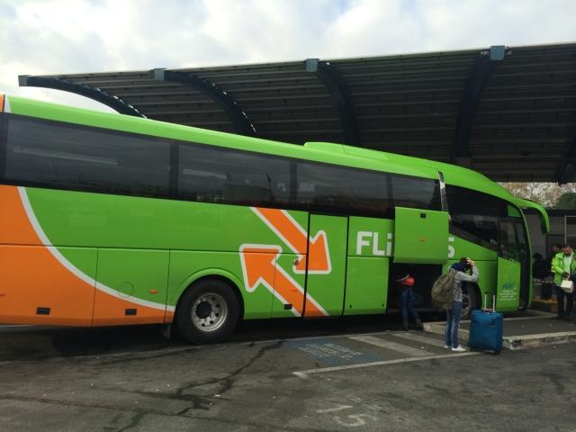 【写真】Flixバスは預け荷物二つまでOK