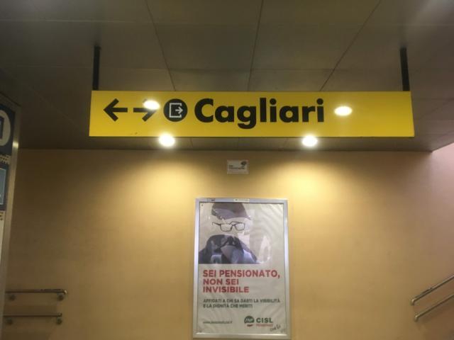 【写真】カリアリ空港にある鉄道駅