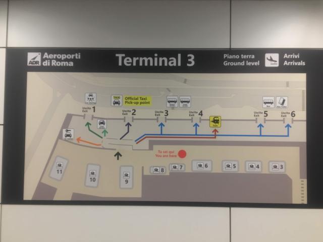 フィウミチーノ空港の鉄道はターミナル3にある