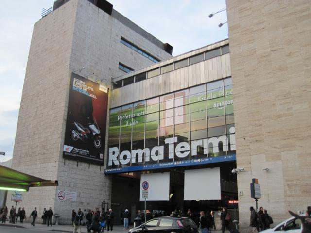 【写真】ローマの鉄道駅、テルミニ駅。