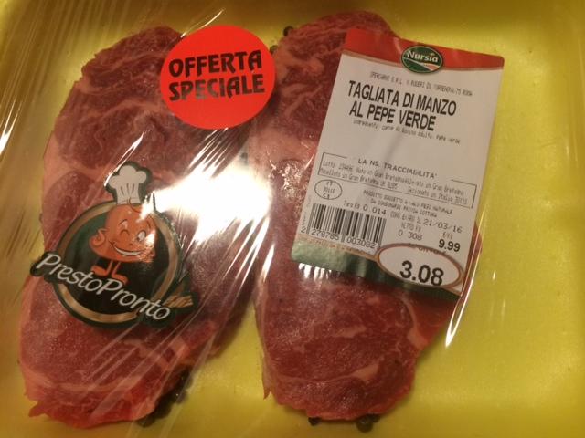 【写真】ステーキ用の肉。