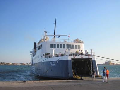イタリア ブリンディシとアルバニア ドゥラスを繋ぐRed Star Ferries