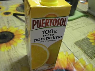 ユーロスピン100%ジュースのグレープフルーツ。