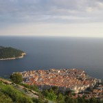 【観光スポット】クロアチア ドブロブニク スルジ山(412m)に自力で登る方法。