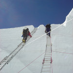 【エベレスト登山】登山再開は一転2015年度の登山は中止か。