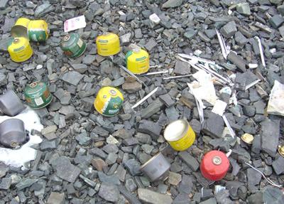 【写真】エベレストのゴミ問題は深刻になりつつある。