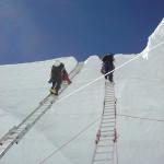 【エベレスト登山】そもそもシェルパとは?