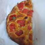 【節約食事】イタリア バーリ 地元の人が通う隠れ家的フォカッチャ店