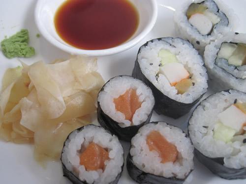 WOKに行けば寿司が食べ放題。