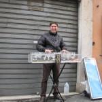 【大道芸】路上のミュージシャン ワイングラスピアノ