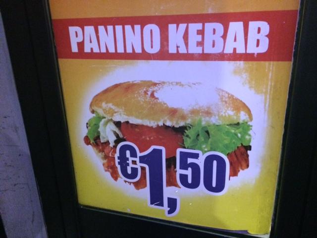 【写真】パドバ通りには1.5ユーロケバブの店が数店ある。