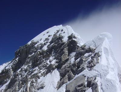 【写真】標高8760mヒラリーステップの様子。