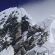 【写真】山頂直前の難関ヒラリーステップ。