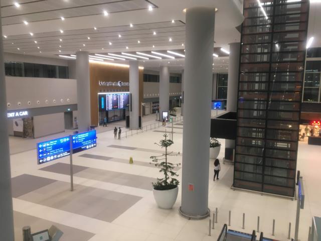 イスタンブール新空港到着フロアー